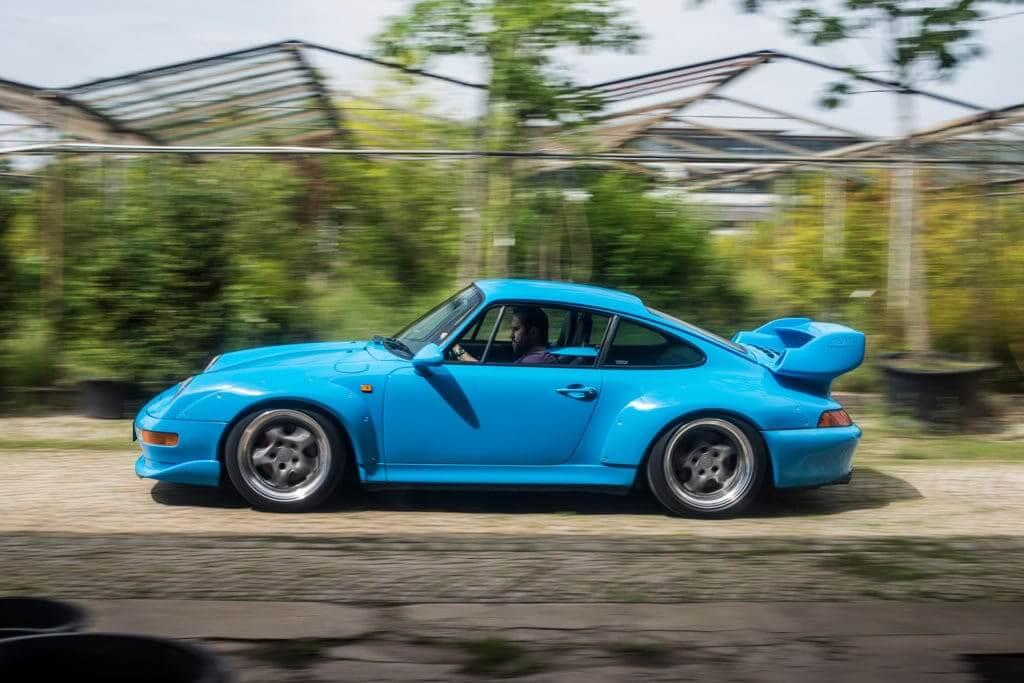 The Porsche 993 in action