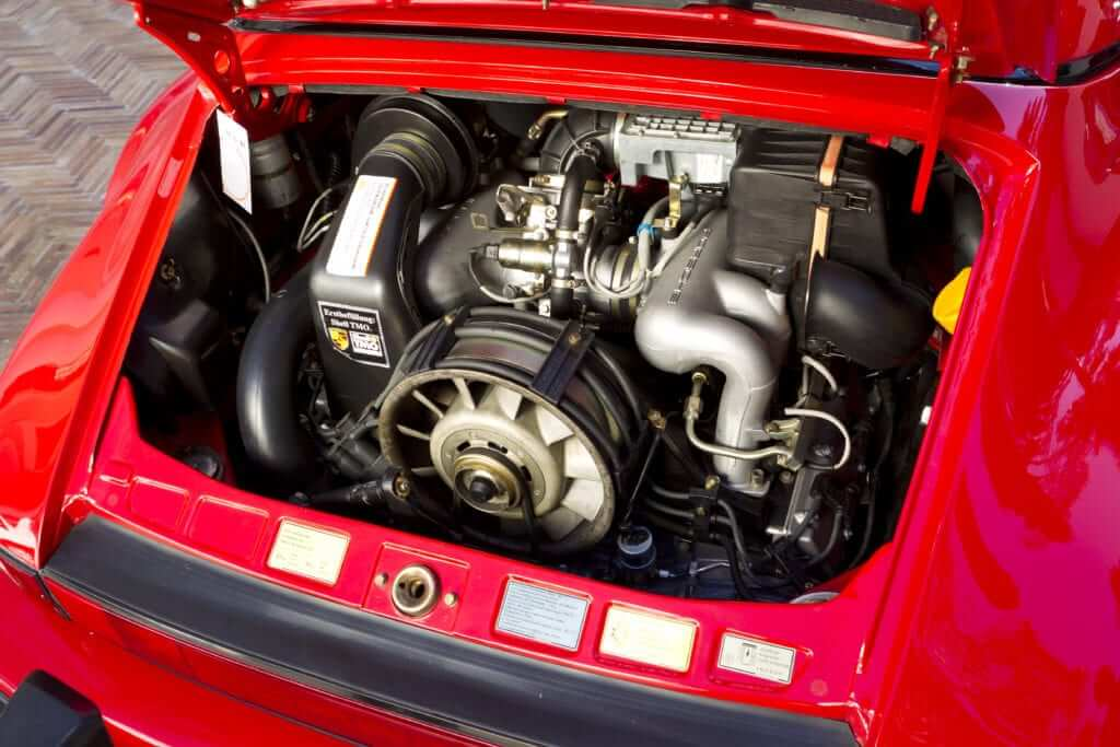 Porsche 911 Carrera 3.2 Motor. Revision