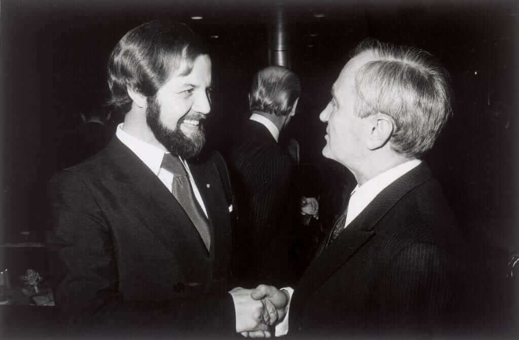 Weihnachtsempfang 1976. rechts Ernst Fuhrmann, links Rolf Sprenger
