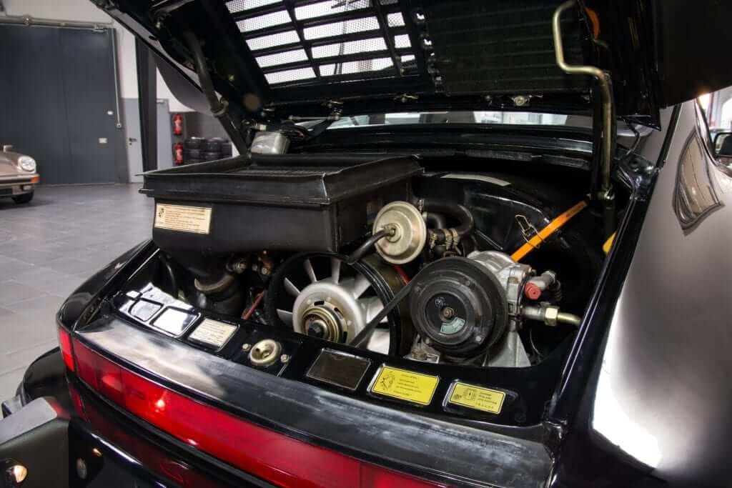 Porsche 911 Turbo (930 3.3)